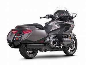 Goldwing 1800 2018 : 2018 gl1800 goldwing red live ~ Medecine-chirurgie-esthetiques.com Avis de Voitures