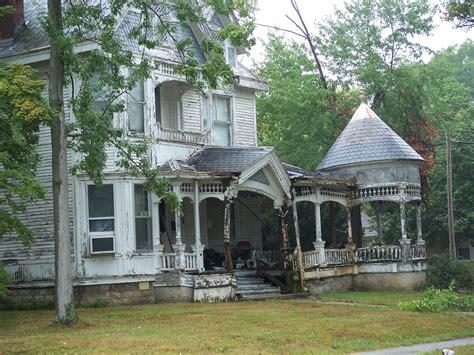 Sadly, Utterly Abandoned Homes
