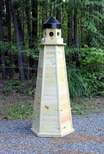 lighthouse plans   build  natural wood lighthouse