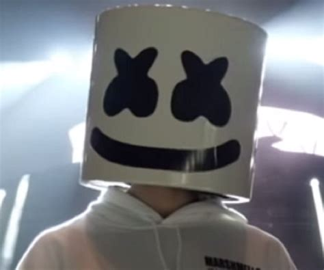 Marshmello Christopher Comstock Biography Facts