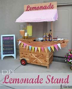 DIY Lemonade Stand with Wheels - Her Tool Belt