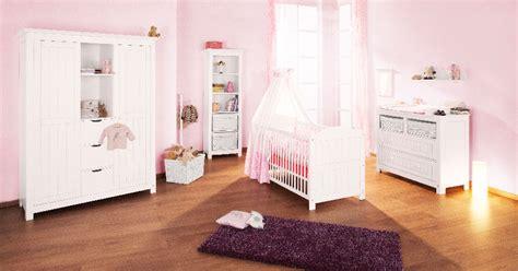 chambre bébé pin massif pinolino chambre bebe lit commode armoire pin massif
