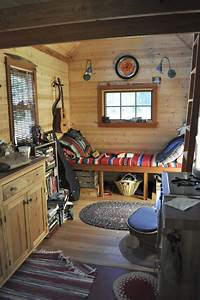 File:Tiny house interior, Portland jpg - Wikimedia Commons