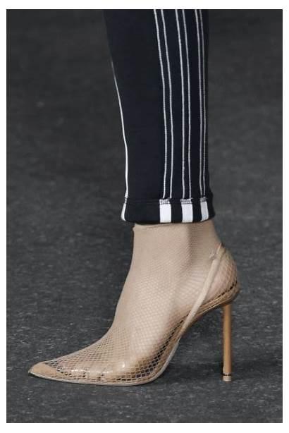 Wang Alexander Spring Vogue Heels Runway Trend