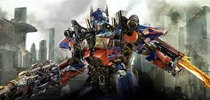 An Optimus Prime Movie Could Come After Bumblebee Hits
