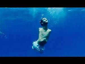 Born Without Arms and Legs - Nick Vujicic Inspires ...