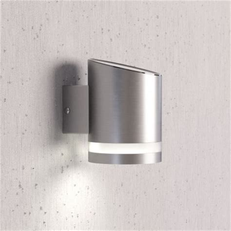 solar powered lighter wall light