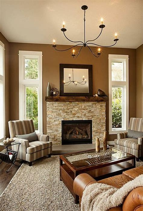 Brown Living Room Wall Colors by Best 25 Brown Family Rooms Ideas On Brown