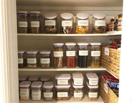 organize  pantry  pantry labels