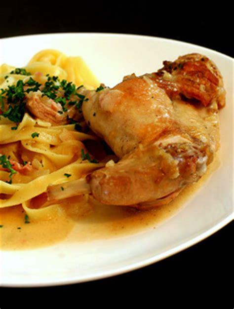 cuisiner le lapin au vin blanc lapin à la moutarde recette facile recettes à base de