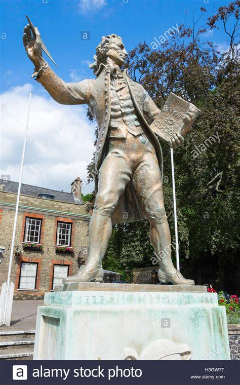thomas paine king thomas paine statue in king s house gardens king street