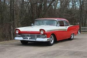 Beautiful Resto-mod 1957 Ford Fairlane 500