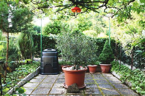 small italian gardens dario and lina s small garden retreat house mix
