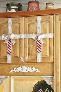 simple christmas decorating ideas in the kitchen debbiedoos With what kind of paint to use on kitchen cabinets for christmas glitter stickers