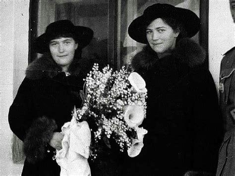 Grand Duchesses Anastasia And Maria Nikolaevna Romanova Of