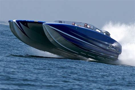 Cigarette Boat Fastest by 7 Of The Fastest Powerboats In The World Wheels Air