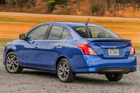 2015 Nissan Versa Reviews and Rating | Motor Trend