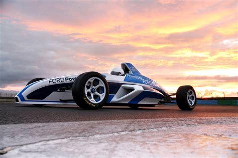formula 4 engine 2012 formula ford race car starts its engine in frankfurt