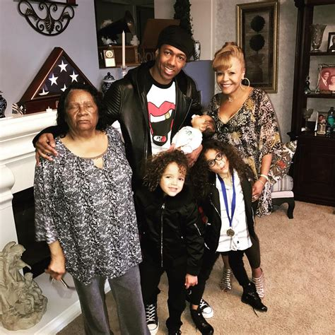 kirk jay meets mariah carey nick cannon s twins monroe and moroccan meet new baby