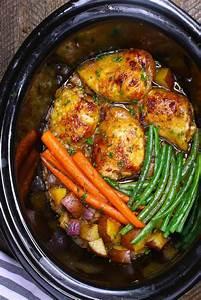 Slow Cooker Honey Garlic Chicken Recipe (with Video)