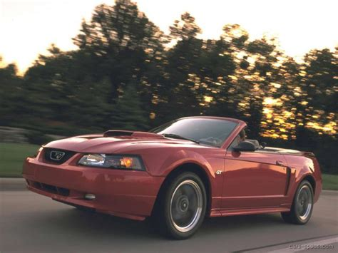 ford mustang convertible specifications pictures prices