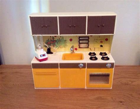 kitchen dollhouse furniture vintage sindy doll furniture