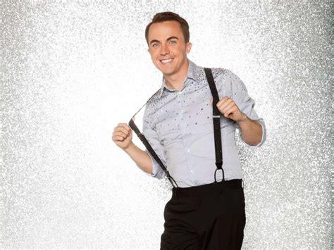 frankie muniz als dancing with the stars season 25 celebrity cast frankie
