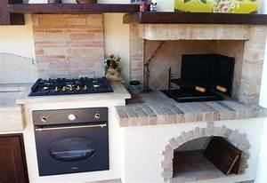 Cucina in muratura con caminetto cucine in muratura for Caminetto in cucina