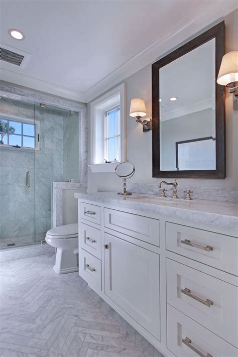 Cape Cod Bathroom Designs by 25 Best Ideas About Cape Cod Bathroom On