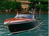 Pictures of Italian Wooden Speed Boats For Sale