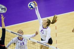 Kara Bajema & 3rd ranked UW open volleyball season Friday ...
