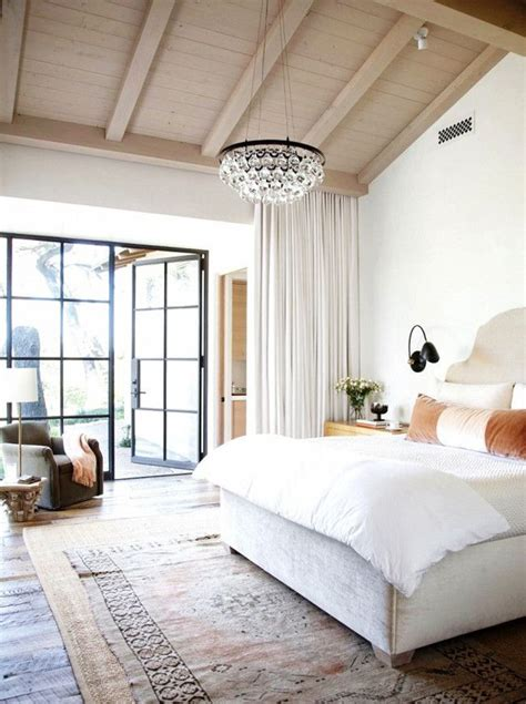 Bedroom Rugs by 25 Best Ideas About Bedroom Rugs On Rug