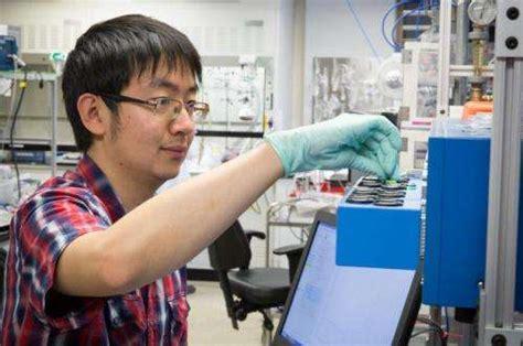 study sheds  light   batteries  bad