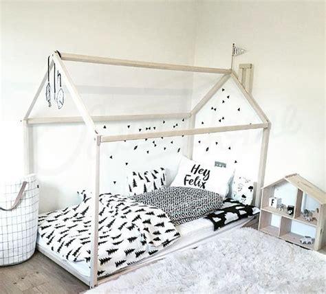 comment tresser une chaise 17 meilleures idées à propos de cadre de lit en bois sur