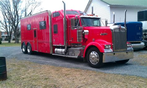 build a kenworth wolfe racing llc home page
