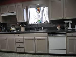 Faux tin kitchen backsplash 28 images kitchen faux tin for Faux tin tile backsplash