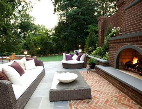 Red brick patio patio traditional with outdoor