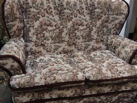 Cottage Settee by Vintage 2 Seat Sofa Settee Comfy Chair Fireside Country