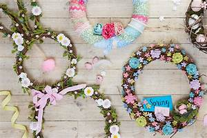 How to Decorate a Spring Bunny Wreath - Hobbycraft Blog