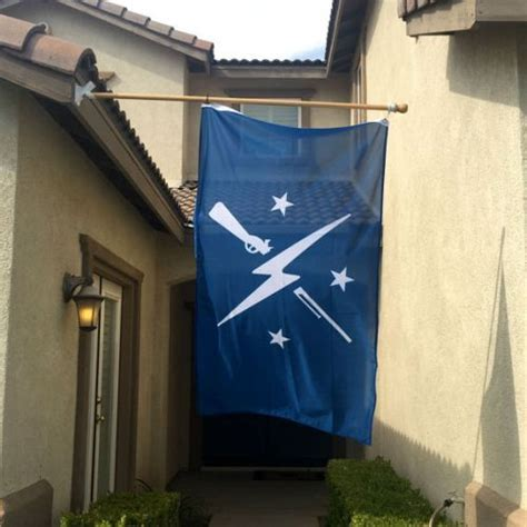FOR THE HOME :: Commonwealth Minutemen Flag   Shut Up And