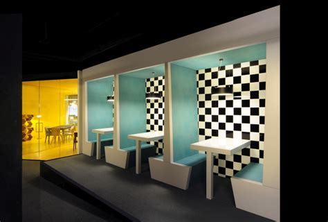showroom bureau made com flagship showroom by bureau de change