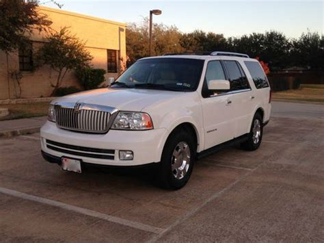 Sell Used 2005 Lincoln Navigator Luxury Sport Utility 4