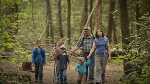 Family Hiking in the Great Smoky Mountains- Pigeon Forge