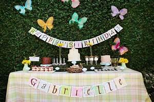 Decoration Anniversaire Fille : d co table anniversaire enfant pour fille et gar on ~ Teatrodelosmanantiales.com Idées de Décoration