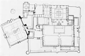 Shahi Qila | Floor plan, with Badshahi Mosque | Archnet