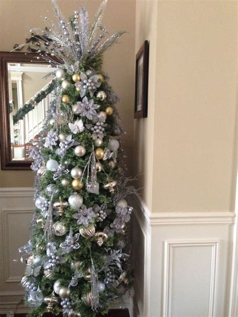 images  pretty christmas trees  pinterest