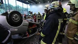 Pkw Anhänger Bremen : rescuedays 2012 bremen station pkw in dachlage youtube ~ Watch28wear.com Haus und Dekorationen
