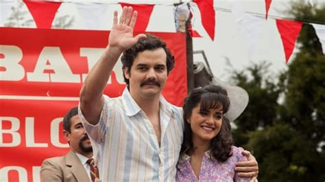 TV Show Narcos Season 1 All Episodes Download | No ...