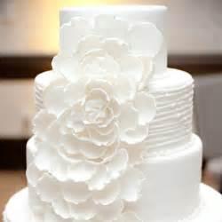white wedding cakes wedding club modern white wedding cake