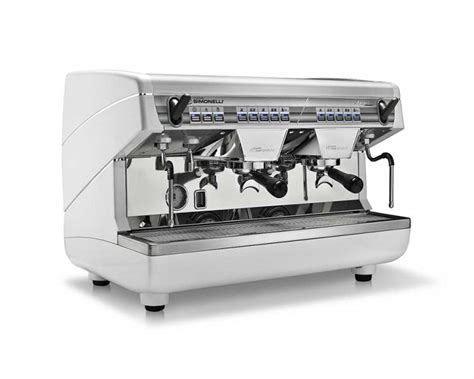 automatic coffee machine with grinder and milk frother